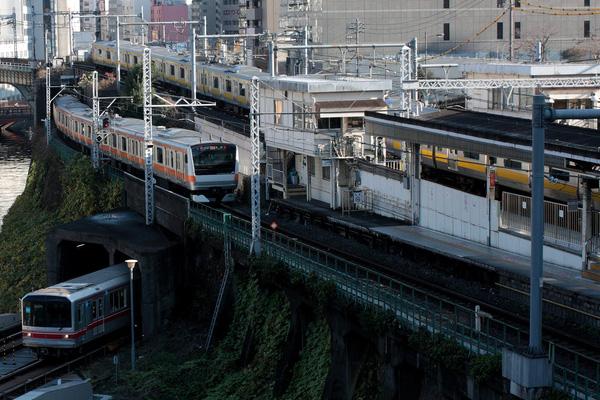 201003291140-2.jpg