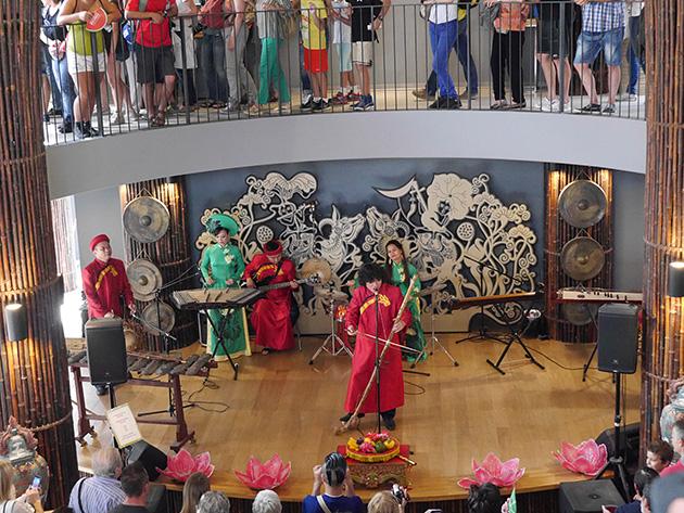 ベトナム音楽の演奏