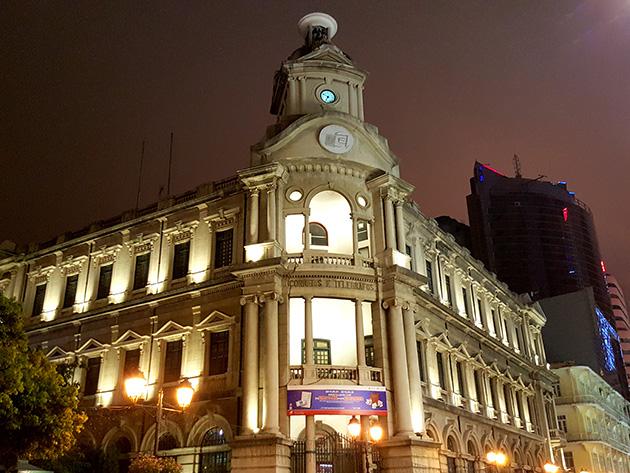 CTMに出資する澳門郵政の総局。建築物の美しさなどから、観光で訪問する人々も多い。