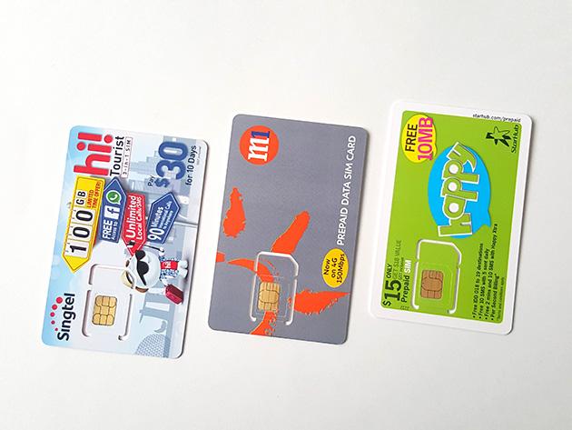 左からSTM、M1、SHMのSIMカード。