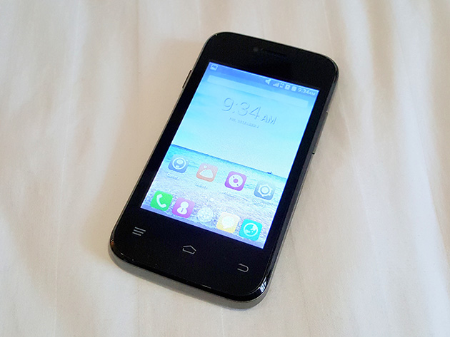 筆者が購入したTelemorブランドのスマートフォンTelemor T8301。
