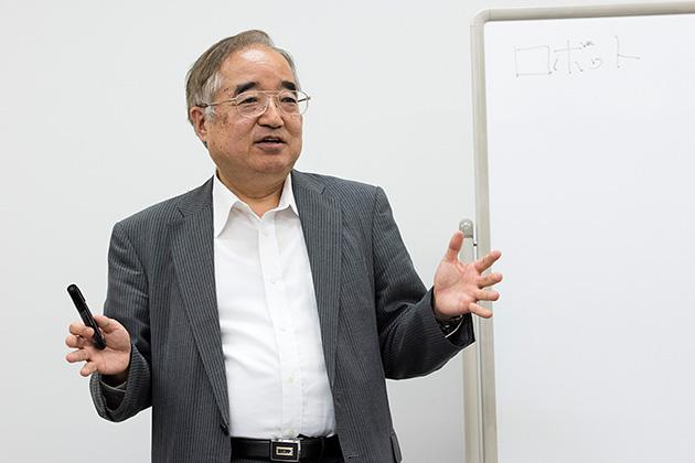 セントケア・ホールディング株式会社 執行役員 岡本茂雄氏