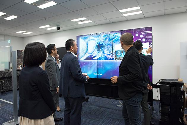 「はたらきやすさを実現するネットワークとIoT 〜最新IT技術でオフィスが変わる〜」