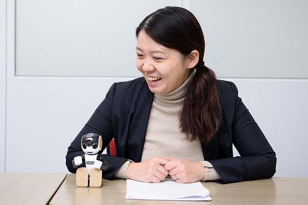 シャープ株式会社 コミュニケーションロボット事業部 商品企画部課長 景井美帆氏(前編)