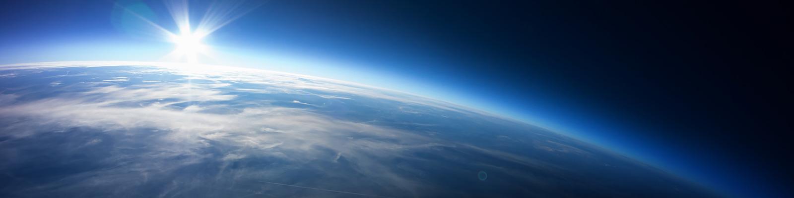 人工衛星 イメージ