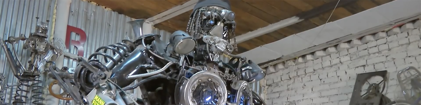 Russia: This Siberian man built his own robot army(Ruptly TV)