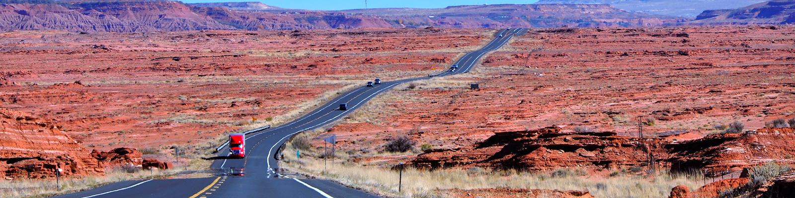 アリゾナ 自動車 道路 イメージ