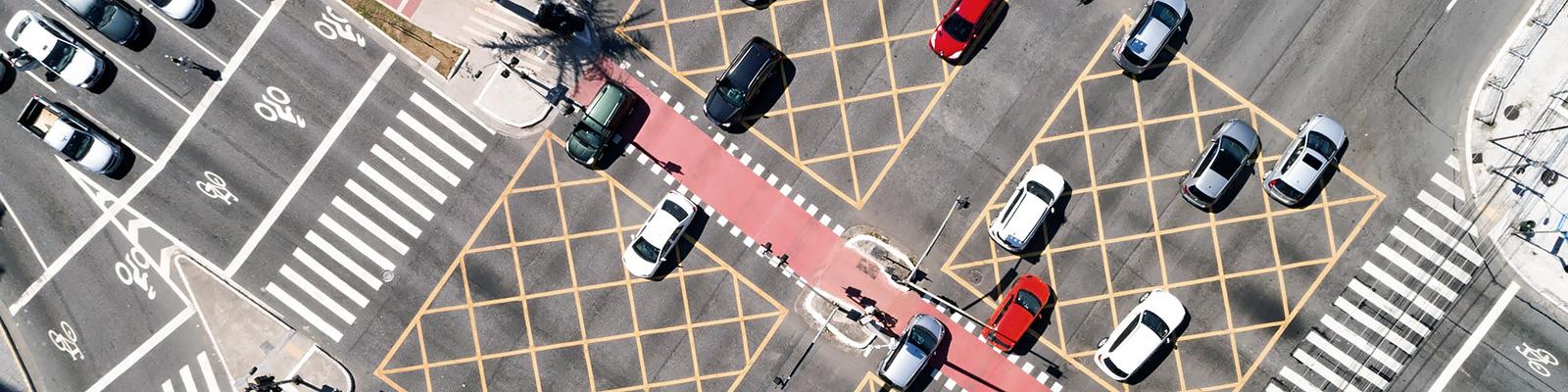 自動車 道路 イメージ