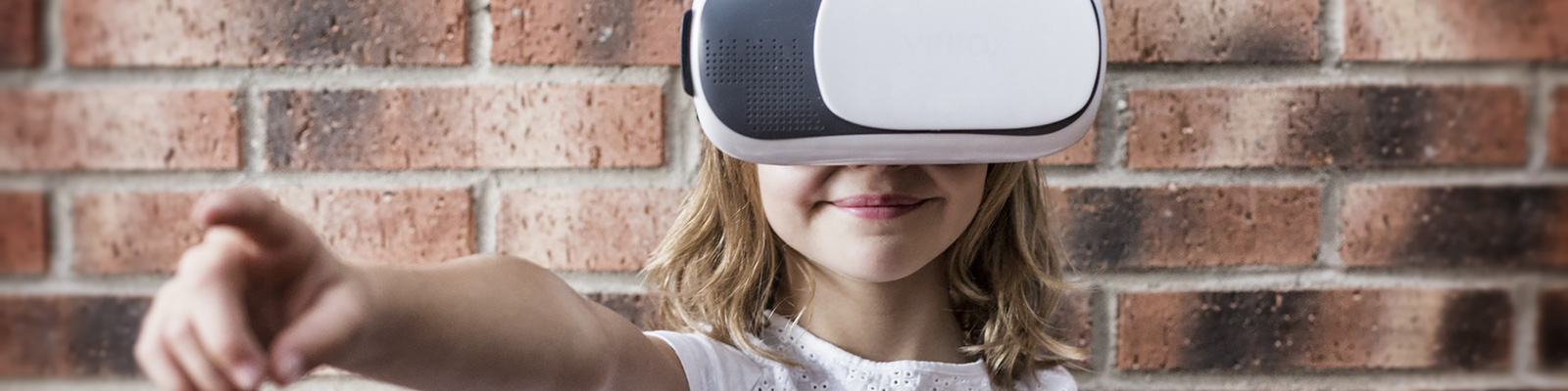 子供 VR イメージ