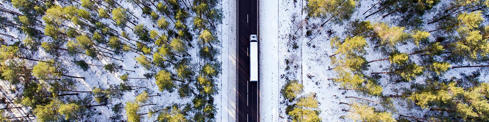 交通 自動車 雪 イメージ