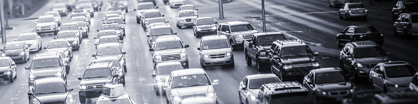 道路 交通 自動車 イメージ