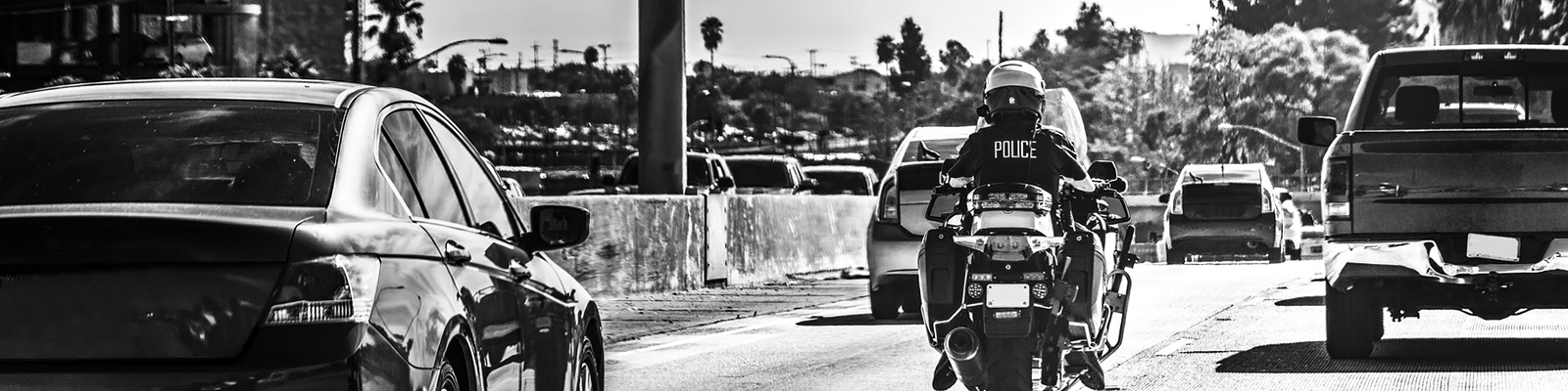交通 警察 イメージ