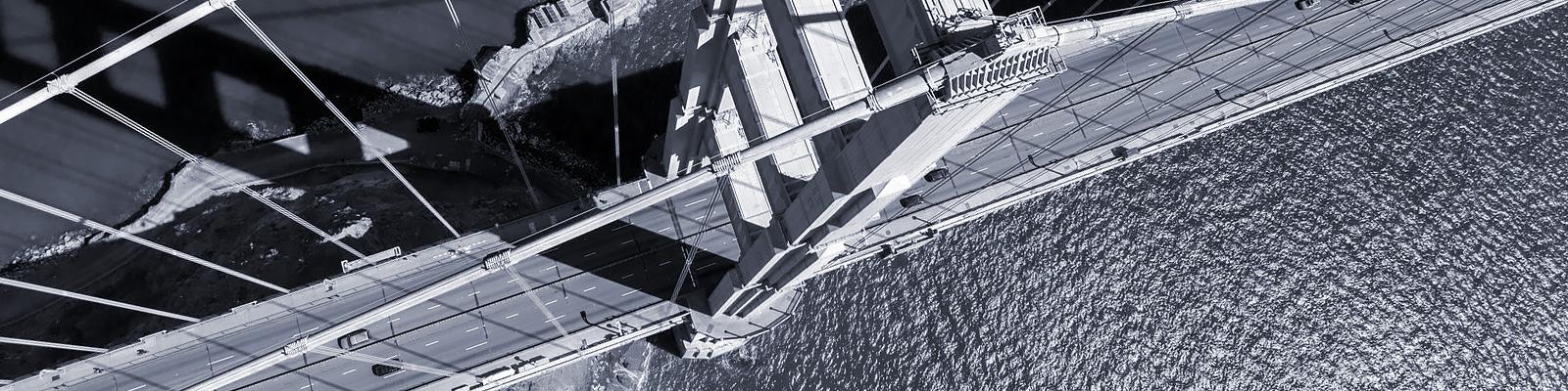 交通 自動車 橋 イメージ