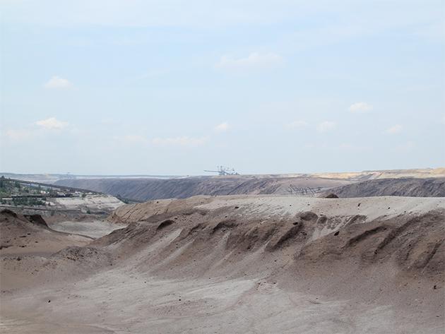 ラオジッツ地方露天掘り跡地の風景