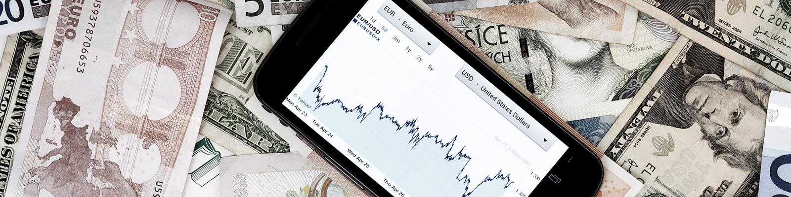 ユーロ 紙幣 銀行 イメージ