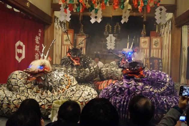 ツアー参加者に好評だった島根県温泉津の「石見神楽」。スローな狂言や能にくらべ躍動的でストーリーがわかりやすく、海外に向けた日本の伝統芸能のキラーコンテンツだと澤野さんは語る