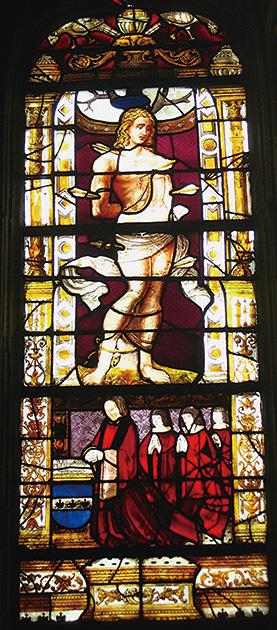 図5──フランス、ノートルダム寺院のステンドグラス。(「ステンドグラス」wikipedia)