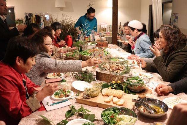 ハーブ料理は参加者に大好評!1