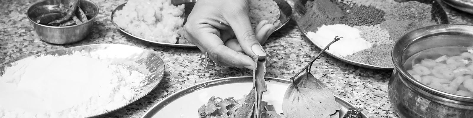 インド カレー スパイス 調理 イメージ