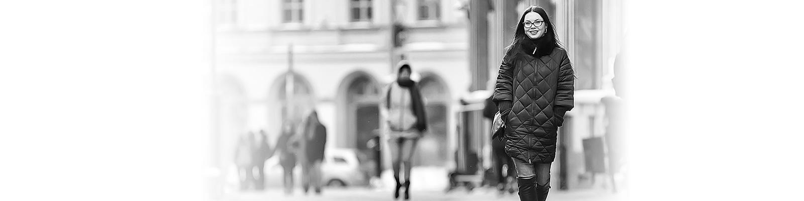 フィンランド 通勤 女性 イメージ