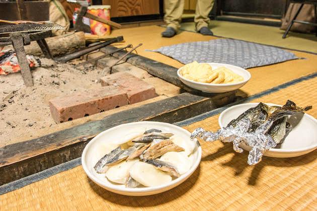 ▲白峰地域には囲炉裏や古道具、食文化といった昔ながらのモノやコトが今でも生きている。