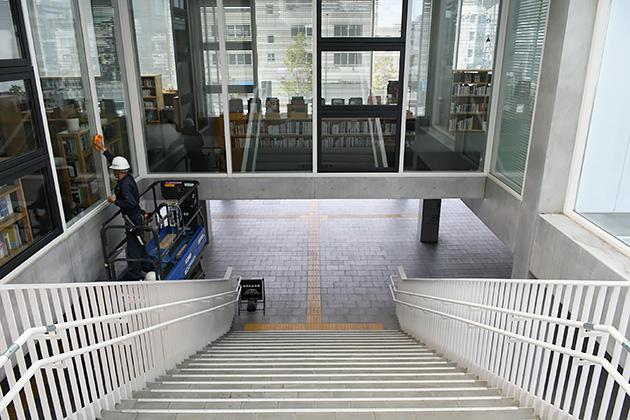 エンクロスの階段