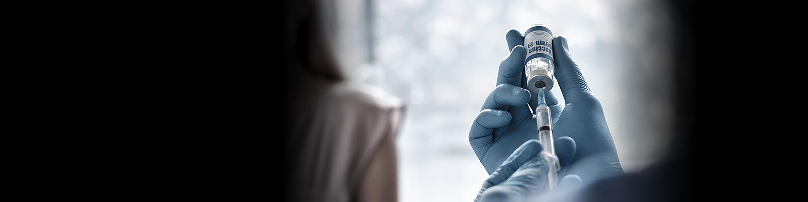 コロナ ワクチン 注射 イメージ